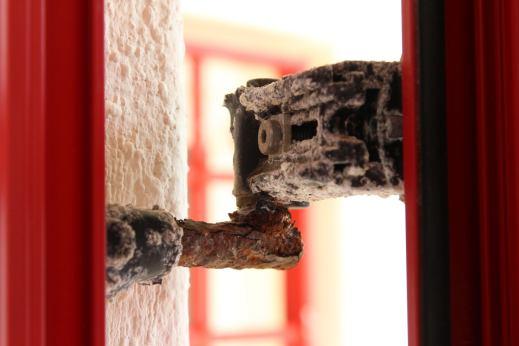 corrosione galvanica-cerneiere